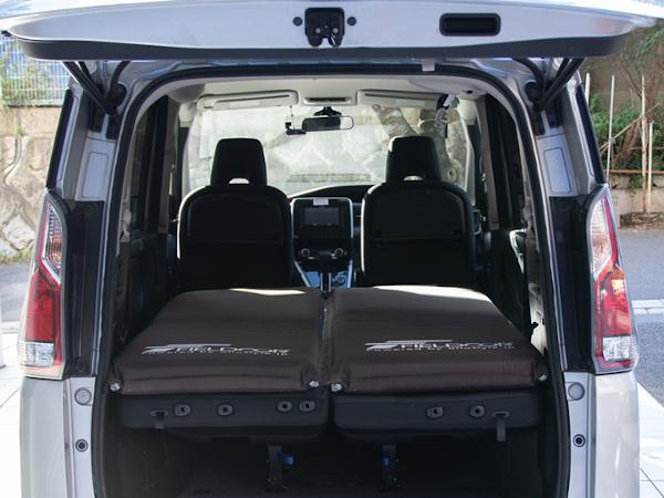 車内設置可能な機能性マットレス